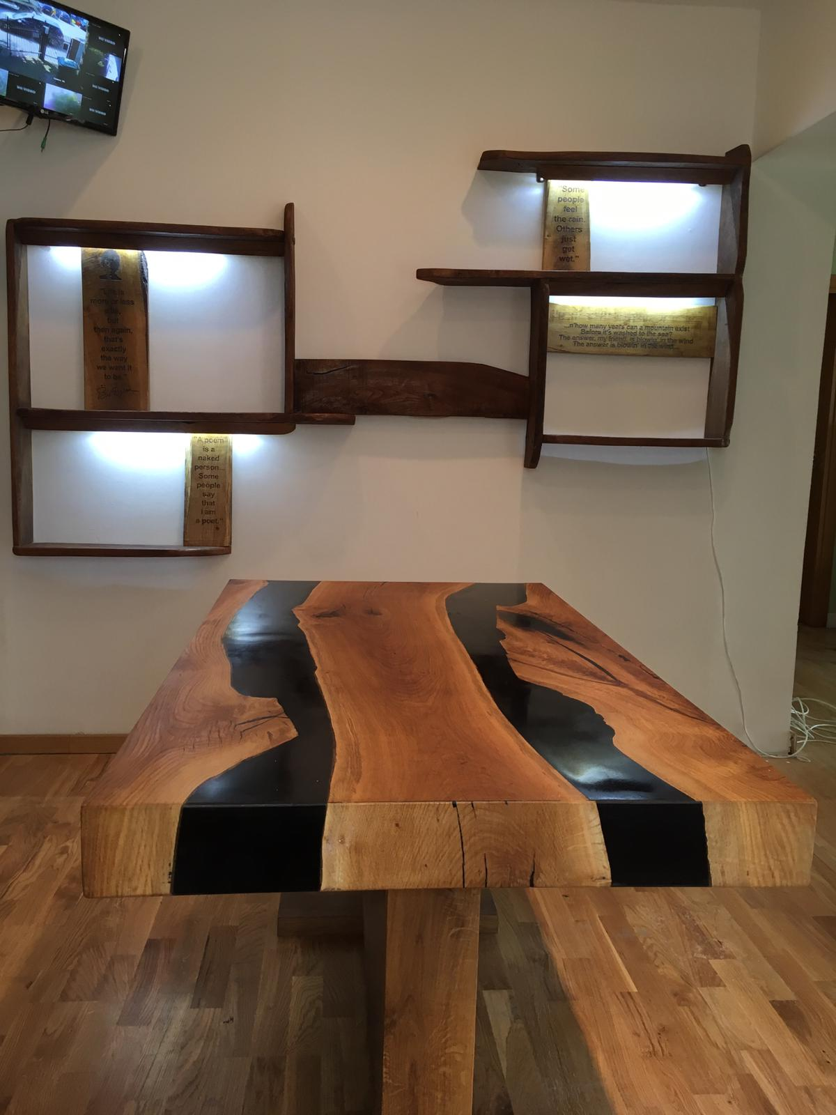exclusive resin dining tables