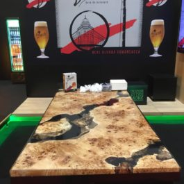 Poplar tree table resin epoxy